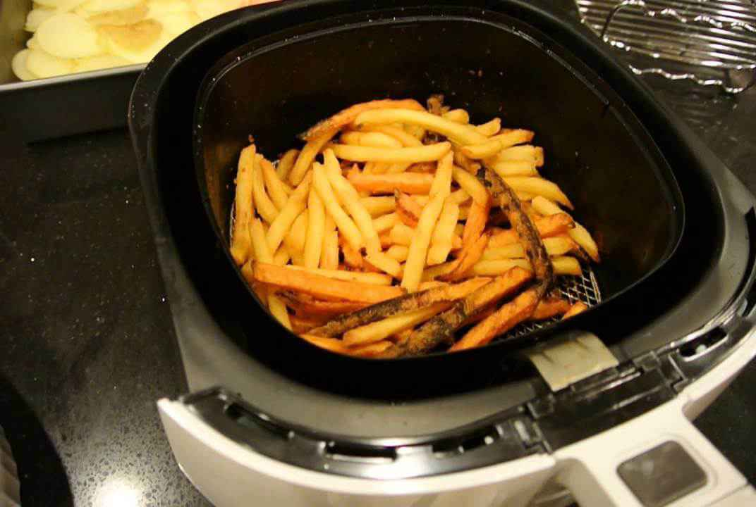 air-fryer-french-frie-inside